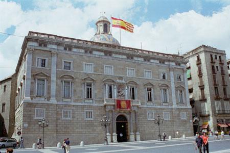 Generalitat se capitaliza con  3.200 millones en bonos para particulares