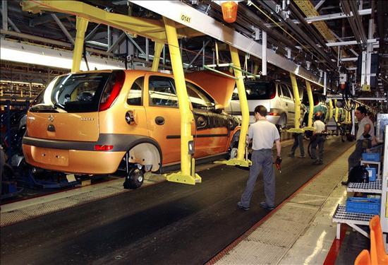 El superávit comercial del automóvil se dispara un 53% hasta marzo