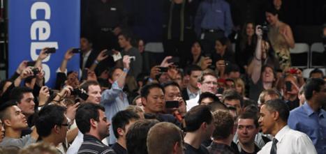 El presidente de Estados Unidos, Barack Obama, durante su visita a la sede de Facebook, ubicada en Palo Alto (California)