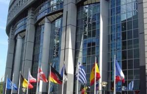 La UE acuerda reforzar controles sobre la negociación bursátil