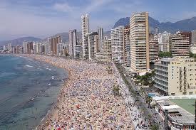 España recibe 6,3 millones de turistas extranjeros