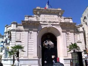 El Banco de Francia estima un crecimiento del PIB del 0,2%