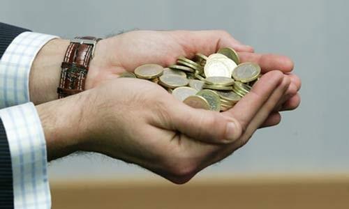 El sueldo de los principales banqueros reducido un 10% en 2012