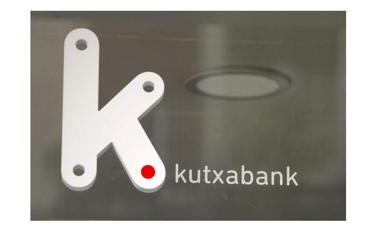 Kutxabank gana 48,1 millones