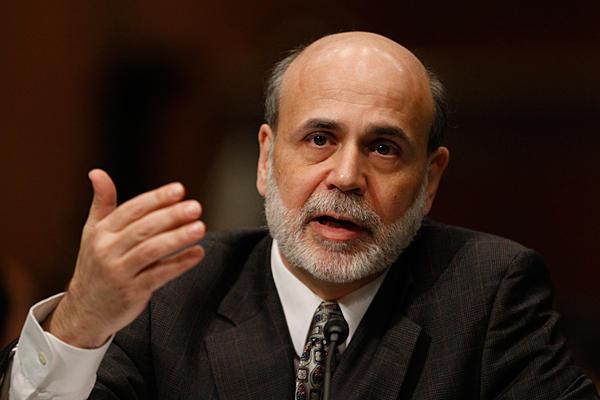 Ben Bernanke asegura que no se retirará el estímulo económico a USA