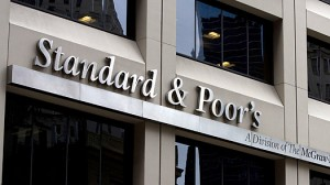 S&P: la crisis económica continúa