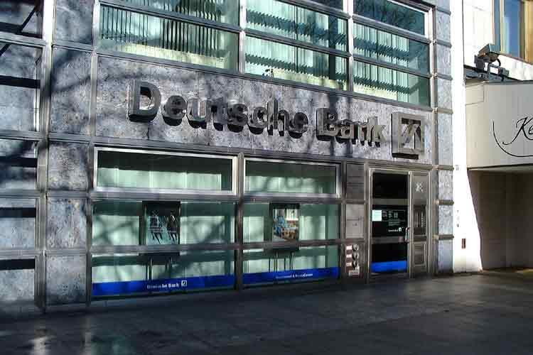 Deutsche Bank ampliará capital por 8.000 millones de euros