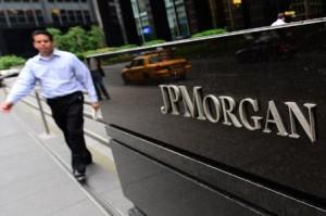JP Morgan, multado con 100 millones de dólares