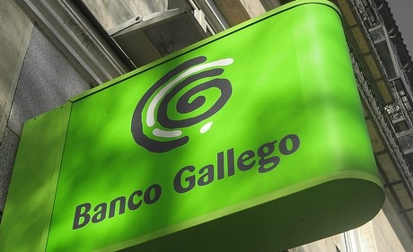 El Frob negocia inyectar más capital en Banco Gallego para cerrar la venta a Sabadell