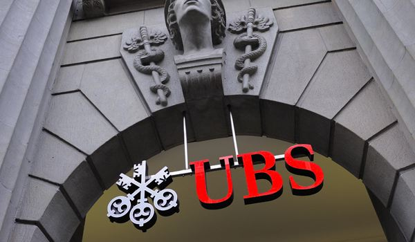 Francia investiga a UBS