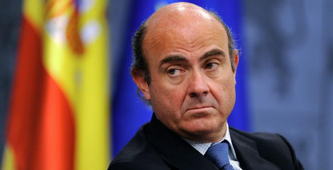 Guindos reitera que el PIB empezará a crecer en el tercer trimestre