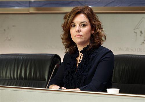 """Sáenz de Santamaría anuncia una reforma fiscal """"completa e integral"""""""