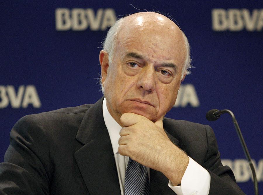González (BBVA) afirma que los bancos deben participar en la educación financiera
