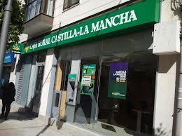Caja Rural Castilla-La Mancha adquiere nueve oficinas de Barclays