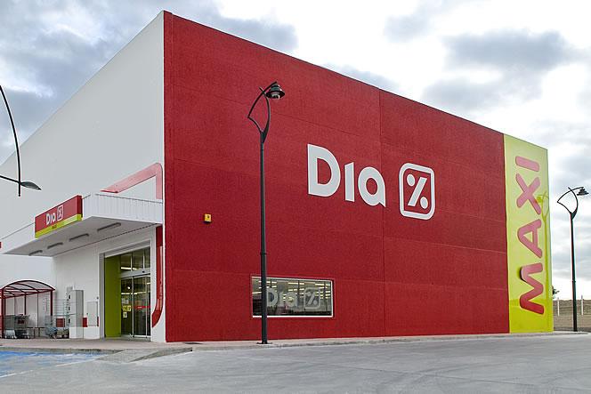 Fachada-supermercado-Maxi-Dia