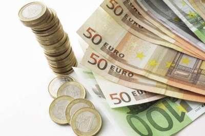 La banca reducirá su balance en 350.000 millones por la reestructuración