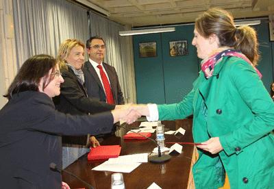 Banco Santander y la Universidad de Navarra entregan 61 becas de movilidad