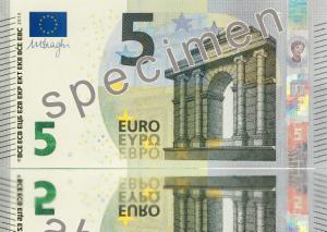Nuevos billetes de cinco euros