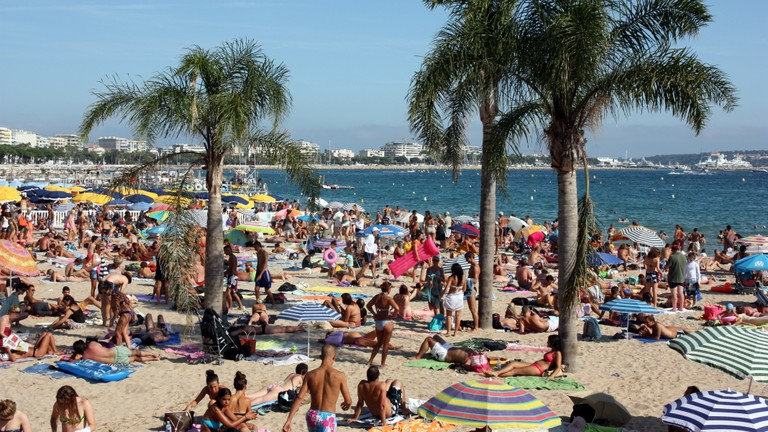 El número de turistas internacionales aumenta un 5%
