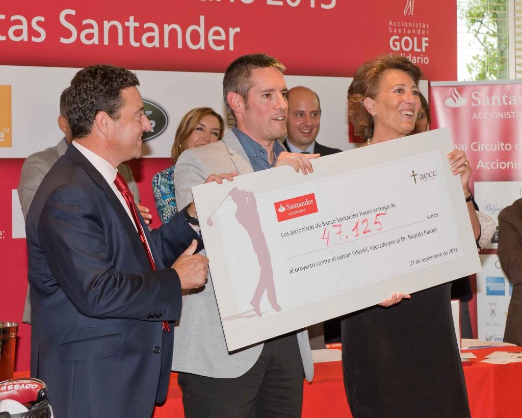 Banco Santander recauda 47.000 euros para la investigación contra el cáncer infantil
