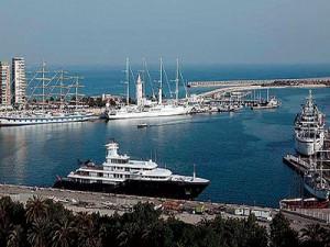 Los puertos españoles esperan récord de tráfico para 2014