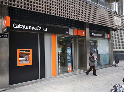 La banca catalana reduce más de 6.000 empleos en 2013