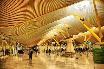 Barajas es el aeropuerto europeo que registró menos pasajeros en agosto