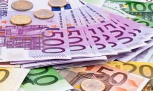 El salario mensual bruto del 70% de los españoles, inferior a 2.095 euros