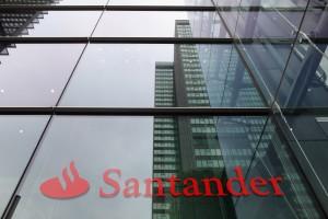 Banco Santander y PSA Peugeot Citroen negocian acuerdo de financiación