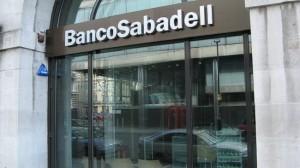 Sabadell reduce en un 15% la retribución efectivamente percibida en 2013