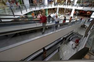 La confianza de los consumidores baja en la eurozona y en la UE
