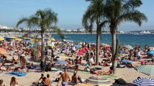 El gasto de los turistas internacionales alcanza los 3.107 millones en enero