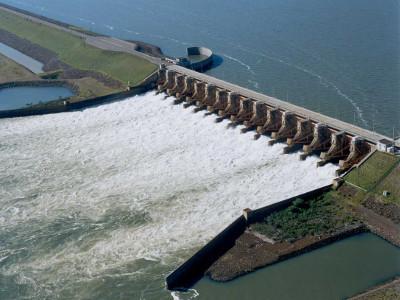Argentina pagará a Paraguay deuda de energía
