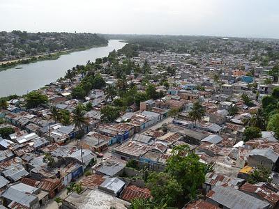 La pobreza contrasta con el crecimiento económico en República Dominicana