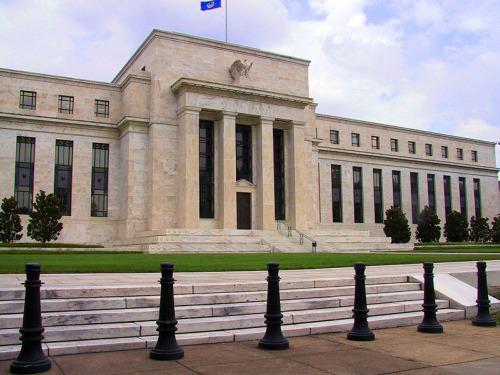 La Fed ve riesgo de burbuja ante la retirada de políticas de estímulo