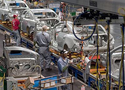 Las ventas de coches en Estados Unidos superan expectativas