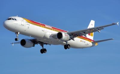 Iberia, preparada para pujar por el handling