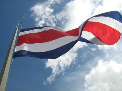 Costa Rica quiere evitar el ingreso de capitales especulativos