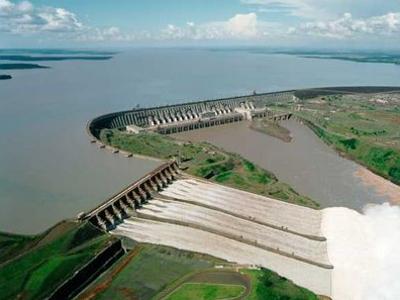 """En """"alarma amarilla"""" el sector eléctrico en Brasil"""