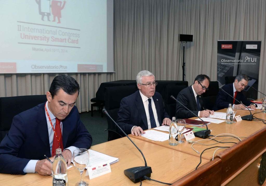 Banco Santander patrocina el II Congreso Internacional de TUI