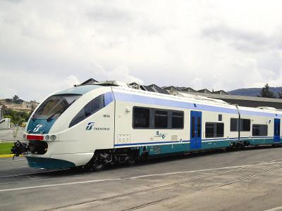 Hollande rechaza la oferta de General Electric por Alstom