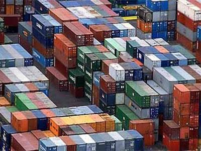 Descenso de los precios de exportaciones e importaciones industriales