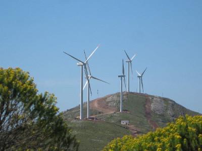 Abengoa y Alarde apoyan a Uruguay en su apuesta por la energía eólica