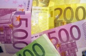 El superávit por cuenta corriente de la eurozona se reduce un 27%