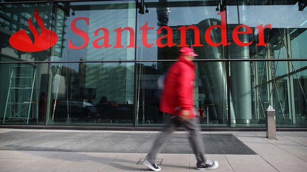 Banco Santander lanza el programa Progress