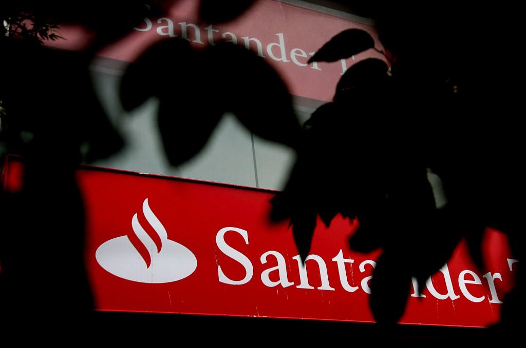Santander Totta vende su negocio de seguros a Aegon