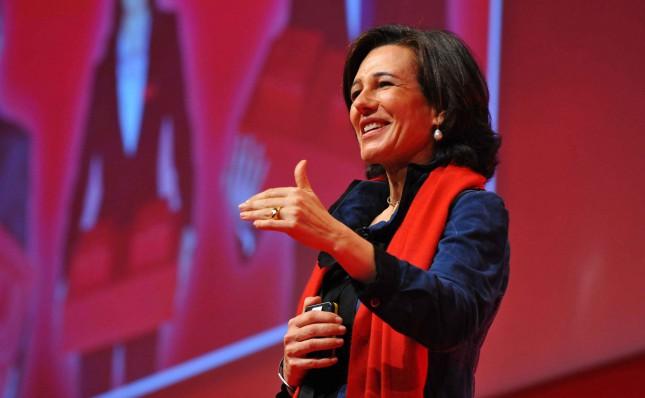 Ana Botín destaca el crecimiento económico de Chile