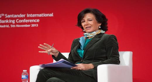 """Ana Botín: """"El valor del banco depende de la relación con los clientes"""""""