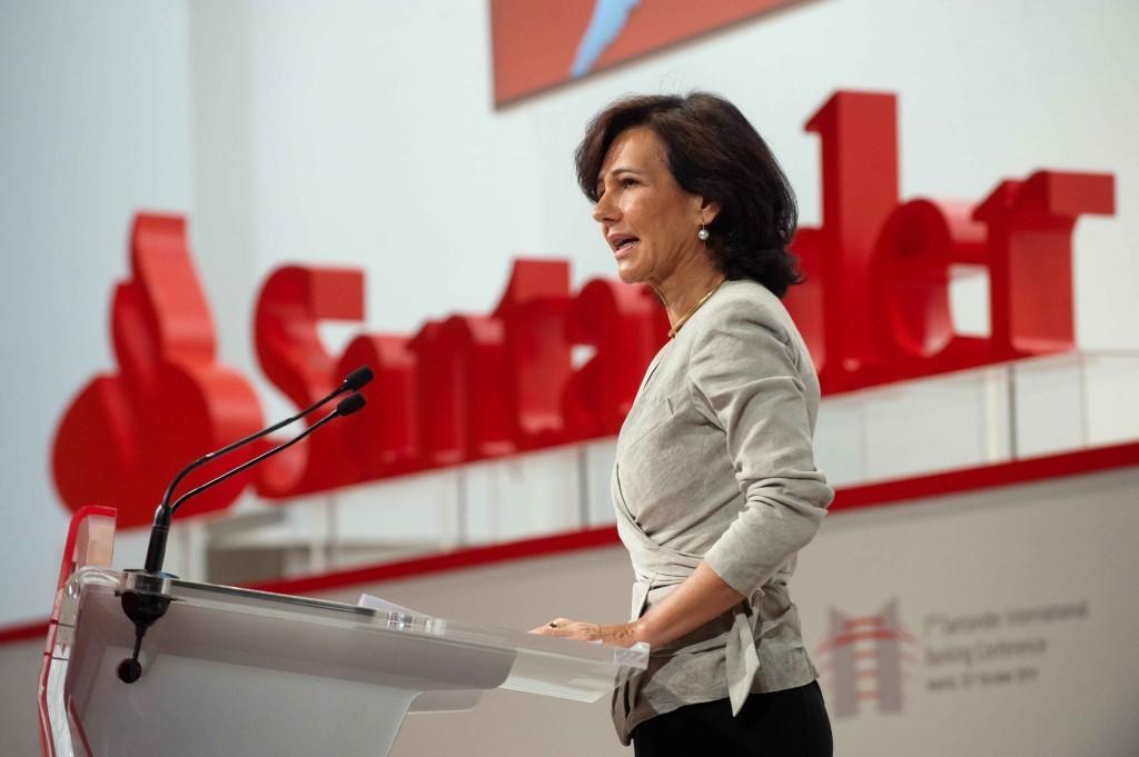 """Ana Botín: """"La estabilidad exige contar con bancos sólidos y un marco institucional más fuerte"""""""