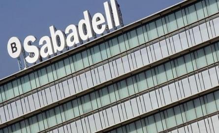 Banco Sabadell obtiene 708,4 millones en 2015